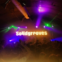 Solid_Grooves_1